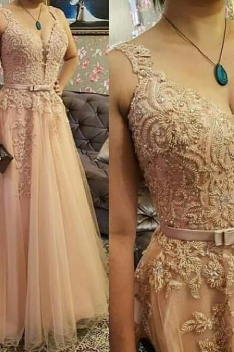 pearls prom dresses, lace evening dresses, a line formal dresses, evening gowns, champagne party dresses, formal dresses 2020, beaded prom dresses, cheap evening gowns, vintage prom dresses