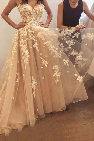 champagne prom dresses. lace prom dresses, flowers prom dresses, a line prom dresses, tulle prom dresses, flowers prom dress, lace evening dress, cheap evening gowns, 2020 party dresses, arabic prom dresses