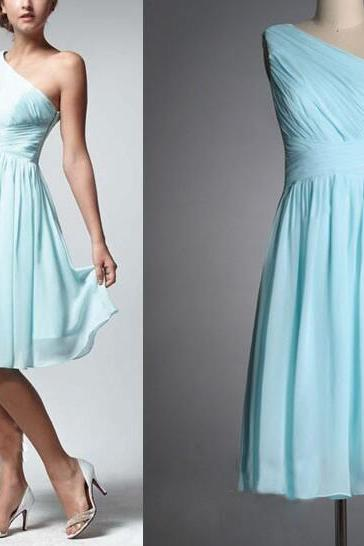 One Shoulder Light Blue Knee Length Chiffon Cheap Bridesmaid Dresses Pleated A Line Custom Wedding Party Dresses