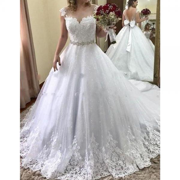 lace wedding dresses, sparkly wedding dresses, sweetheart wedding dresses, sheer crew wedding dresses, lace bridal dresses, crystal wedding dresses, beaded wedding dresses, arabic bridal dresses, ball gown bridal dresses, vestidos de noiva, 2020 wedding dresses, lace bridal dress, wedding gowns, bridal dress, bridal gowns, 2020 fashion vestidos de noiva
