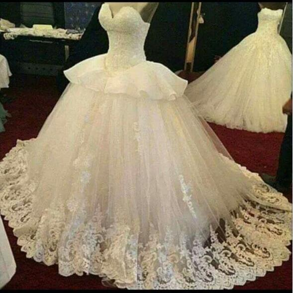 Sweetheart Neckline Elegant Wedding Dress Princess Lace Beaded Ivory Bridal Ball Gowns Applique Cheap Long Wedding Dresses 2017